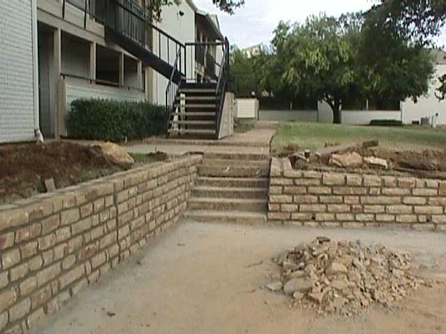 Aspen Hills Apartments-After retaining walls #3